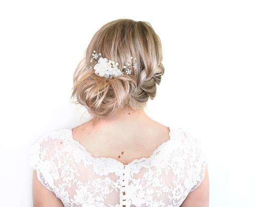 Beautiful DIY bridal hair with accessories